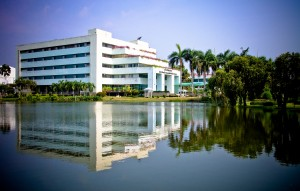 RAJAMANGALA UNIVERSITY OF THCHNOLOGY THANYABURI